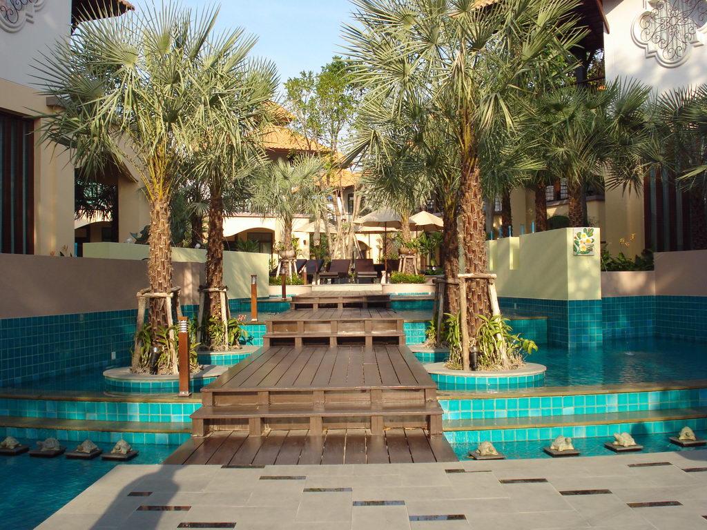 Отель LONG BEACH GARDEN HOTEL & SPA 4 * (Таиланд, Паттайя)