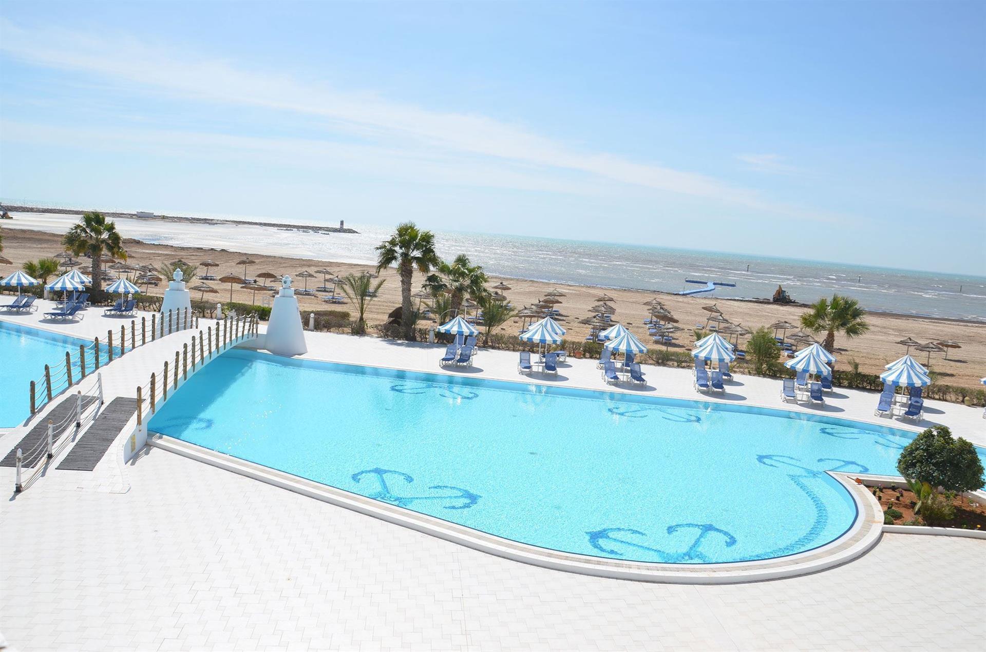 датчики отель браво джерба тунис фото дворы, дороги
