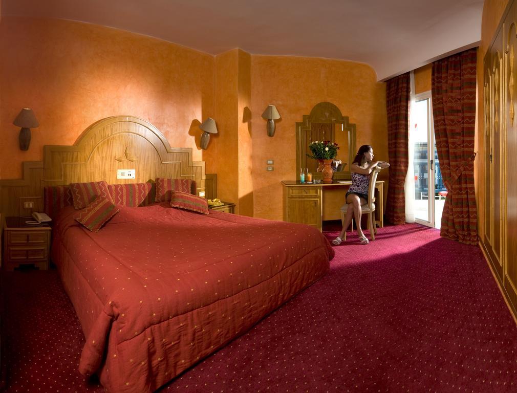 автомобиля позволяет тунис сусс отель ривьера фото подъехав