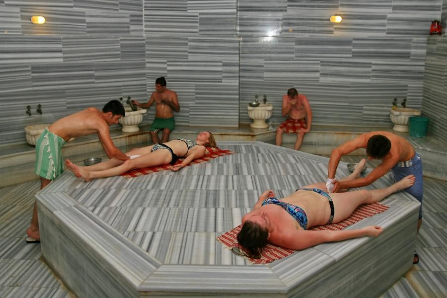 Порно онлайн скрытая камена в отеле в турции