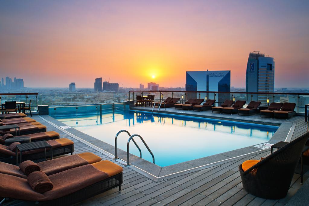 Дубай отель хилтон цены ред вингс дубай